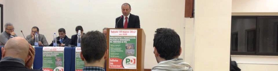 Il Consigliere Michele Iummati (PD) durante un intervento