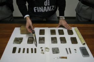 Sequestro hashish - Foto d'archivio