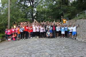 Foto di gruppo durante la tappa di Castelgrande