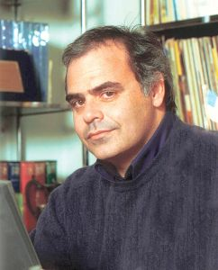 Victor Rambaldi, è un regista, sceneggiatore e scrittore italiano