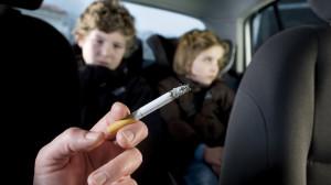 divieto-fumo-in-auto