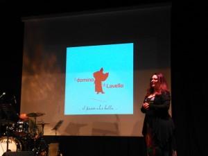 Lucilla Falcone presenta il logo del Domino