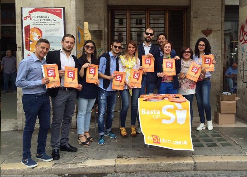 Foto di gruppo per i giovani del Comitato a Potenza