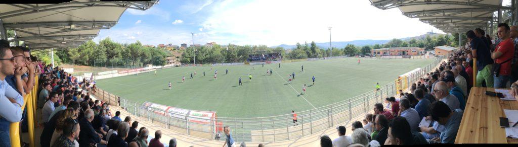 """Una panoramica dello stadio """"Donato Curcio"""" (foto Claudio Buono)"""