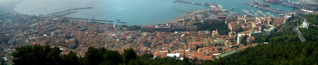 Panorama_dal_Castello_Arechi_di_Salerno