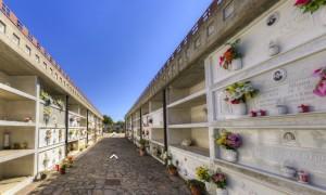 Interno del cimitero di Calvello (PZ)