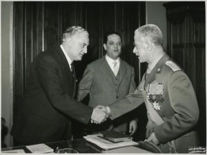 19620404-visita-comandante-generale-guardia-finanza-4 (1)