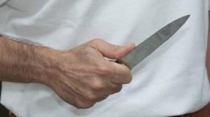 793226-coltello2