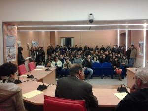 La numerosa platea nella Sala Consiliare