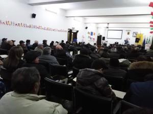 Piena la Sala Convegni per l'incontro promosso dalla minoranza consiliare