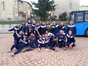 L'FC Satriano domenica scorsa in una foto di gruppo
