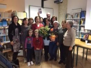 IMG_0523 (2) C'era una voltal'autrice con le relatrice, le insegnanti e i bambini