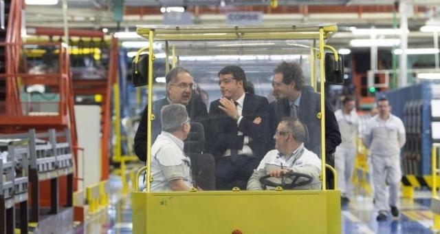 Marchionne, Renzi ed Elkann ieri alla Sata di Melfi