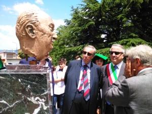Inaugurazione busto bronzeo dedicato a Renato Angiolillo