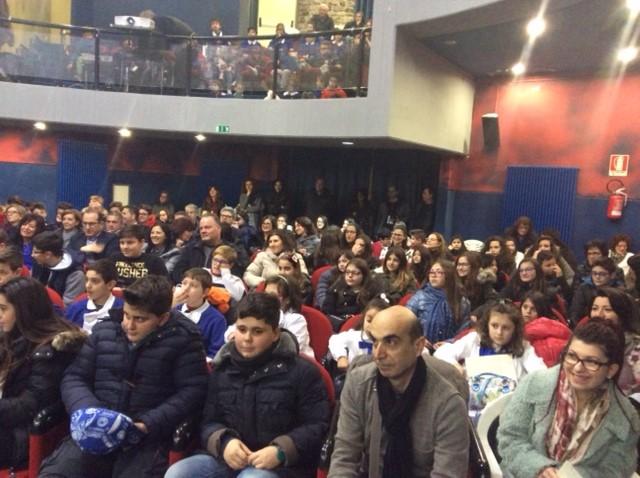"""Il pubblico in sala durante la premiazione de """"La Bella narrazione"""", ieri a Bella (PZ)"""