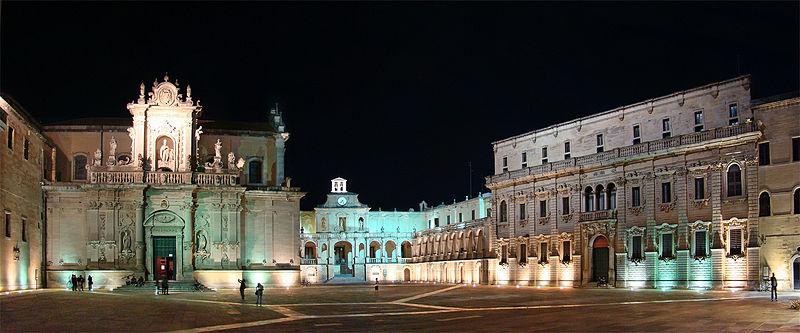 800px-Puglia_Lecce1_tango7174