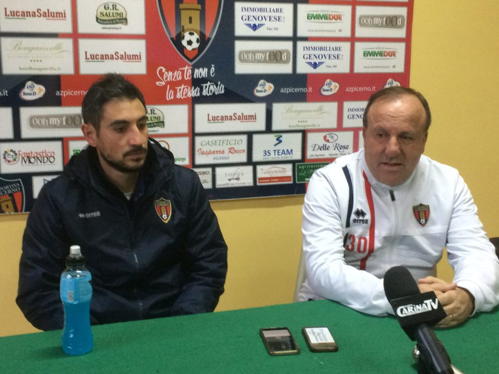 Peppe Lolaico e Pasquale Arleo nella sala stampa del Curcio (foto C. Buono)